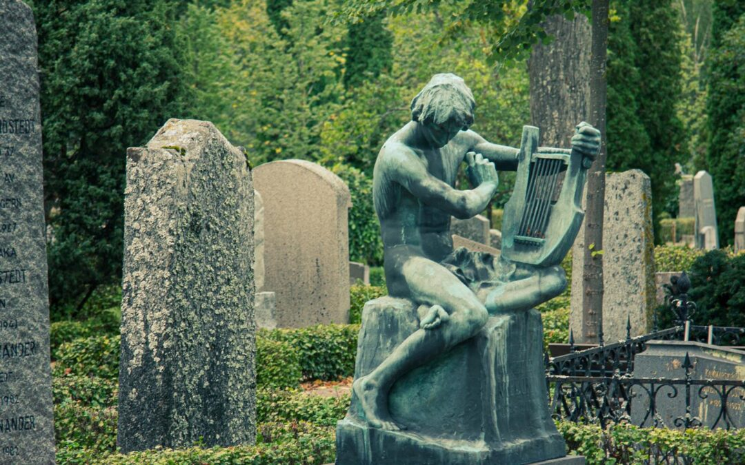 Kyrkogårdsvandring i Gamla kyrkogården